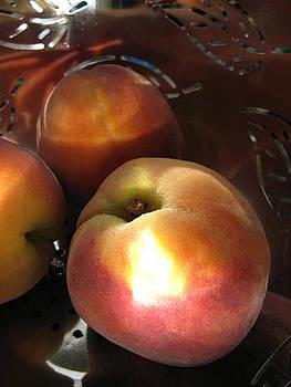 Brilliant Peach by Lindie Racz
