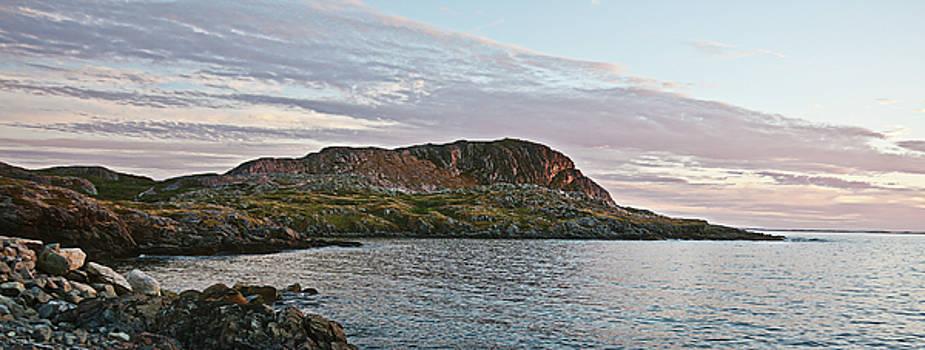 Tatiana Travelways - Brimstone Head Rock