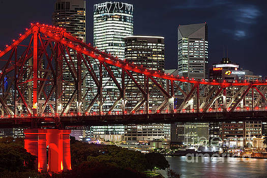 Brisbane bridge by Andrew Michael