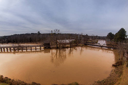 Broad River Spilway by Jason Rossi