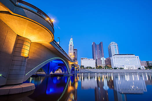 Broad St. Bridge, Columbus, Ohio by David Rigg