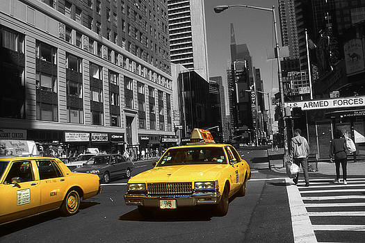 Art America Gallery Peter Potter - New York Broadway - Yellow Taxi Cabs