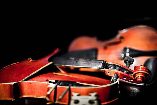 Broken Violin Promise by Anton Tolok