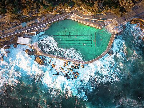 Bronte Beach Pool by Evgeny Vasenev