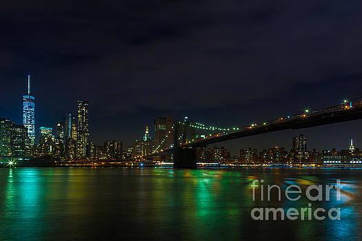 Brooklyn Bridge at Night by Studio Laurent