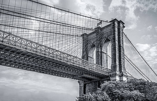Brooklyn Bridge by John Randazzo