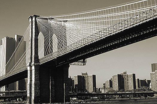 Peter Potter - Old New York Photo - Brooklyn Bridge
