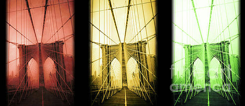 Brooklyn Bridge NYC mug by Edward Fielding