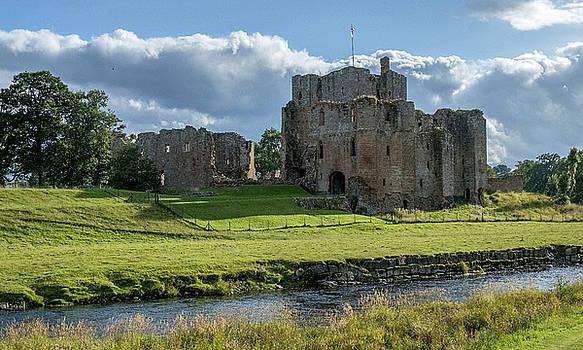 Jeremy Lavender Photography - Brougham Castle, England