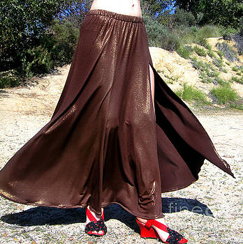 Sofia Metal Queen - Brown maxi skirt with slit. Ameynra fashion