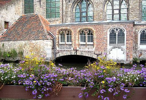 Brugge by Suzanne Krueger