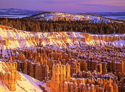 Bryce Canyon winter sunrise by Johan Elzenga