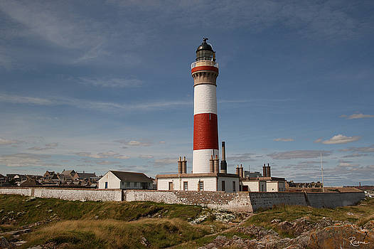 Buchan Ness Lighthouse by Rasma Bertz