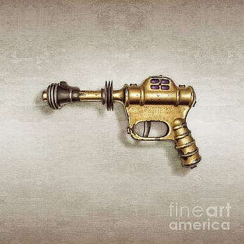Buck Rogers Ray Gun by YoPedro