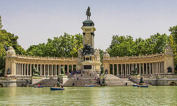 Venetia Featherstone-Witty - Buen Retiro Park in Madrid