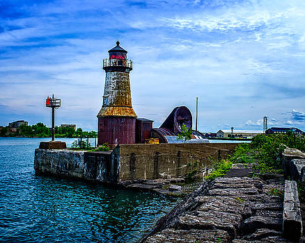 Chris Bordeleau - Buffalo Harbor South Entrance Light No2