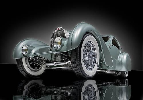 Bugatti Aerolithe Recreation by Gary Warnimont