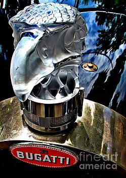 Alexa Szlavics - Bugatti glass falcon