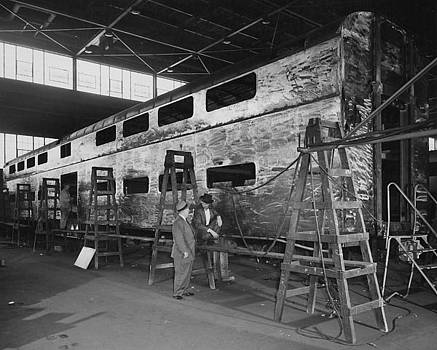 Chicago and North Western Historical Society - Building Bilevel Cars at Pullman - 1959