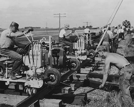 Chicago and North Western Historical Society - Building Rails - 1957