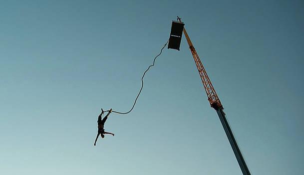 Bungee-jump by Victoria Savostianova