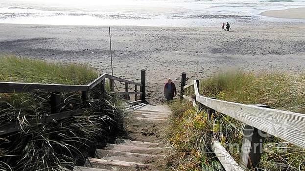 Val Byrne - Bunmahon Beach  Coppercoast