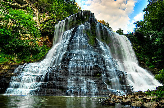 Burgess Fallss by Paul Anderson