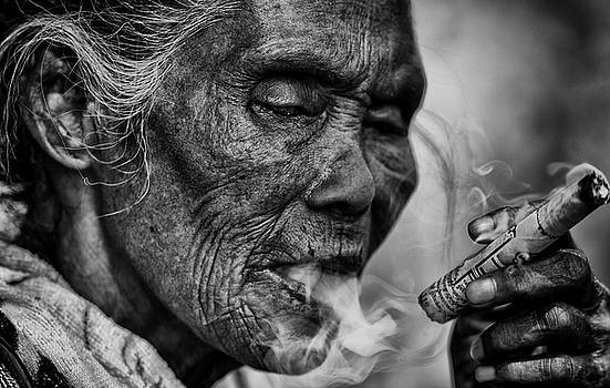 Burma Smoker by David Longstreath