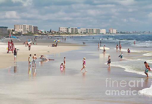 Deborah Benoit - Busy Beach Day