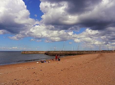 Busy Beach by Nik Watt