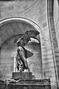 Chuck Kuhn - BW Winged Samothrace