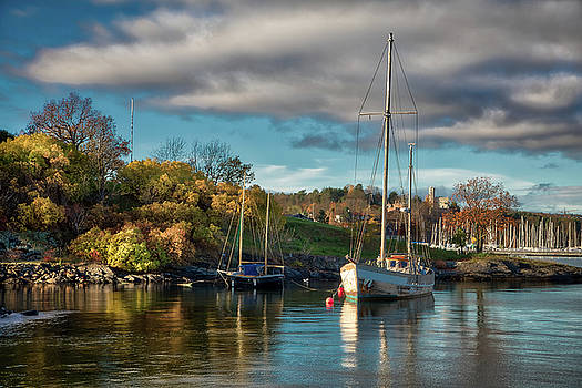 Bygdoy Harbor by Ross Henton
