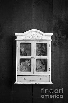 Edward Fielding - Cabinet of curiosity