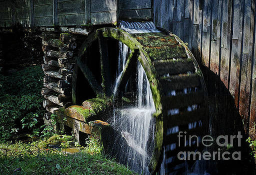 Cable Mill Water Wheel by Douglas Stucky