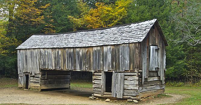 Michael Peychich - Cades Cove Barn