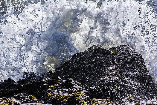 Cal Coast Wave Crash 5 by Randy Bayne
