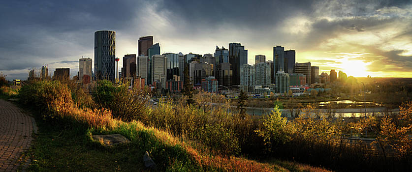 Calgary Sunset Panorama by Mohsen Kamalzadeh