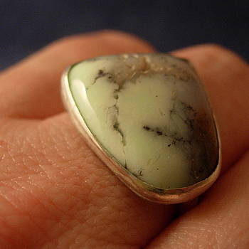 California Green Chalcedny Sterling Silver Ring by Lynette Fast