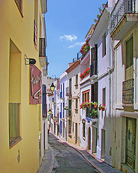 Nikolyn McDonald - Calle - Sitges - Spain