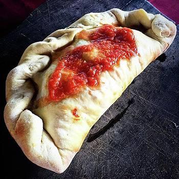 Calzone Pizza by Arya Swadharma