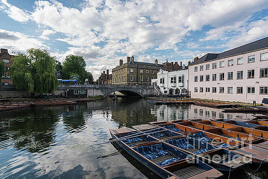 Cambridge Mill Lane Punting by Mike Reid