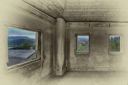 Enrico Pelos - CAMERA CON VISTA - A ROOM WITH A VIEW