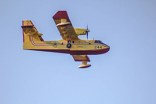 Canadair CL-215 by Julien Boutin