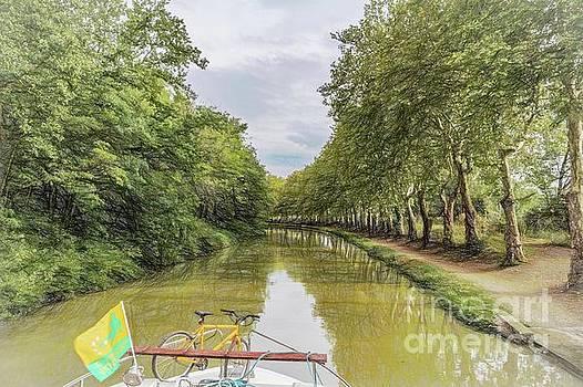 Canal cruising by Howard Ferrier