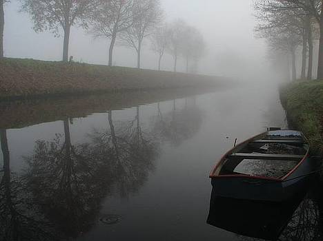 Canal in Holland by Henk Bouma