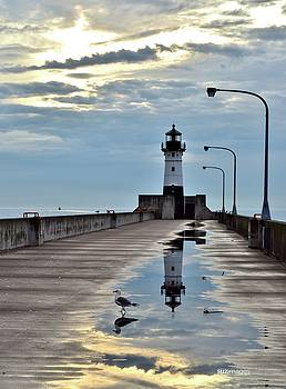 Canal Park Pier by Susie Loechler