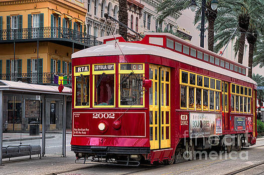 Canal Street Trolley by Jerry Fornarotto