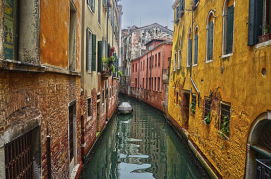 canali di Venezia 2 by Spade Photo