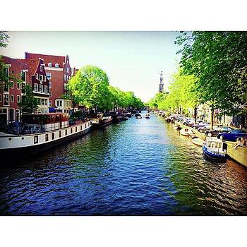 #canals #amsterdam #holland by Marco Capo