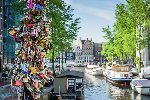 Canals Of Amsterdam by Elly De vries